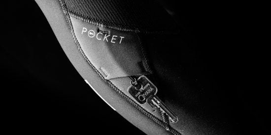 Mystic-Wetsuit-Detail-Outside-Key-Pocket_1453301981